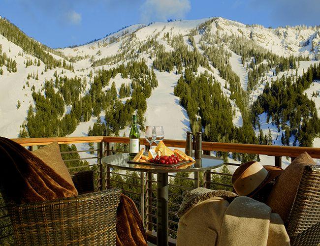 JACKSON HOLE WYOMING Travel Hotspot: Hotel Terra at Jackson Hole, Wyoming