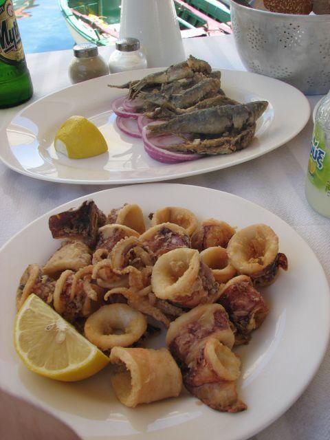 kalamary and fish