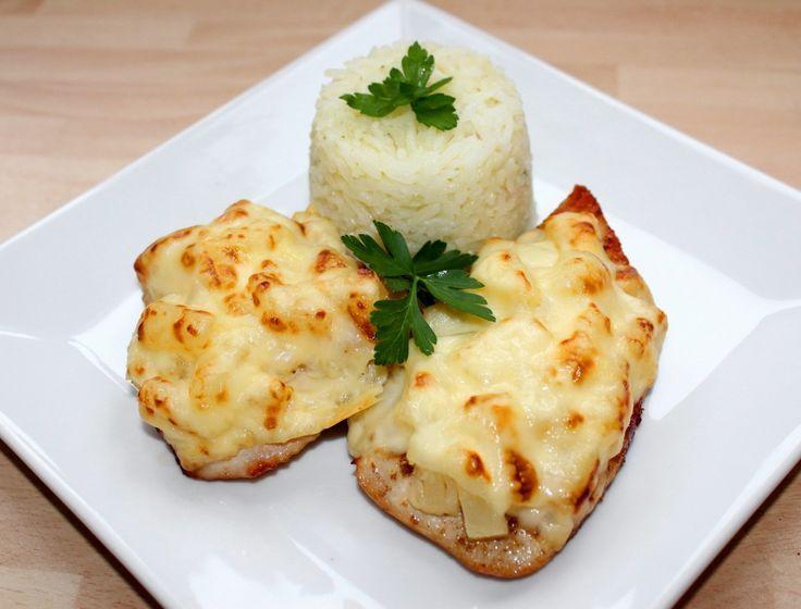 Ananászos-sajtos csirke recept