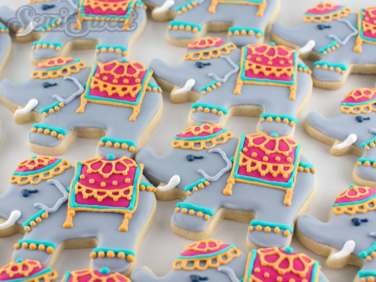 Indian elephant cookies for party favors for an Indian wedding   By www.semisweetdesigns.com