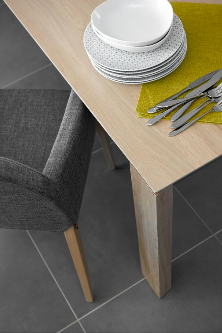 Perfect for a contemporary interior: Sweet25 chair + Oxfort table by Mobitec.