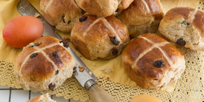 12WBT Hot Cross Bun Recipe