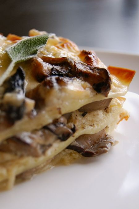 Brown butter lasagna, perfect for the vegetarians at your Thanksgiving table. In our free Thanksgiving Sides e-book! Click to get it: Dinner, Mail, Food, Recipes, Butter Sage Mushroom, Brown Butter Sage, Mushroom Lasagna, Mushrooms