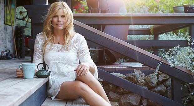 110 Best Celebrity Qs Images On Pinterest  Actresses -7910