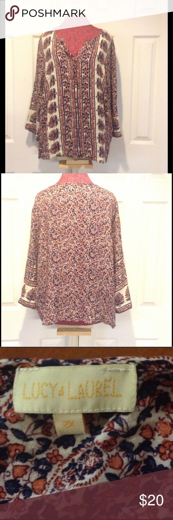 Lucy & Laurel size 2X boho chic tunic For sale we have a Lucy & Laurel boho chic size 2X long sleeved tunic. Great shape no stains or tears. Tops Tunics