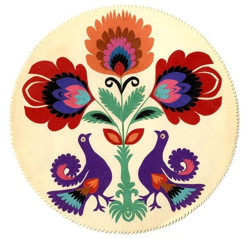 Polish paper cut flowers and birds_  http://muirgilsdream.tumblr.com/image/38127927300