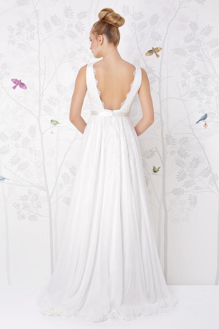 SADONI wedding dress LAUREN with v back