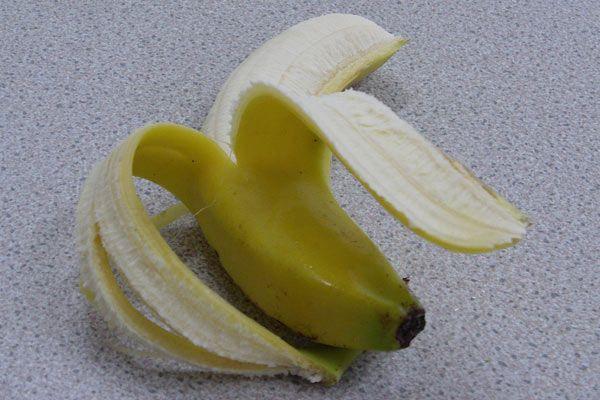 唔講唔知,原來香蕉皮好有益架,等我地話比你知啦!記住以後唔好食完即刻掉啦!#EdibleArrangements #HK #fruits #freshfruits #fruitbouquet