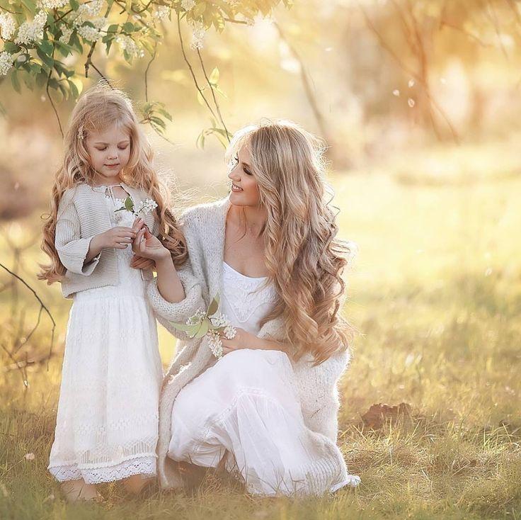 Картинки дочерей рядом с мамой