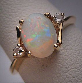 Vintage Australian Opal Diamond Ring Wedding 14K Gold