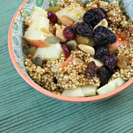 Apple-Cinnamon Breakfast Quinoa | morning yum | Pinterest