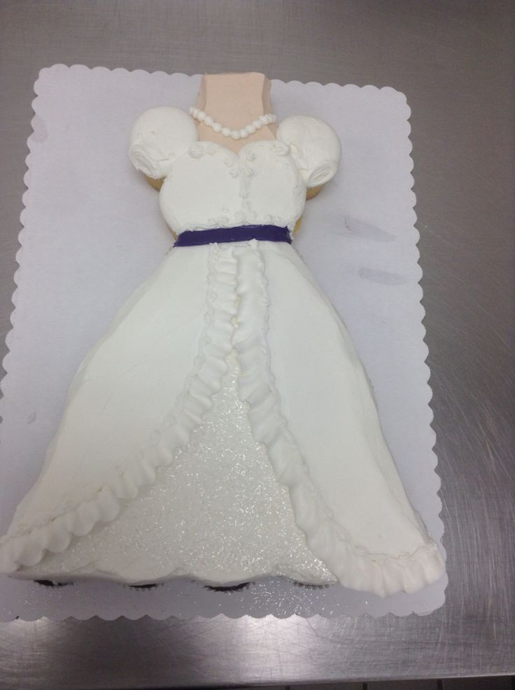 Wedding Dress Cupcake Cake Made With 24 Cupcakes And
