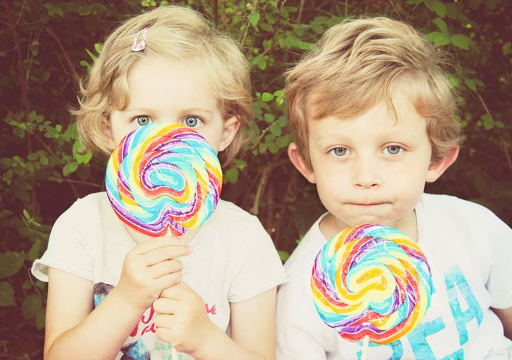 ... about Lolli...