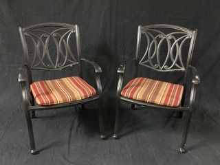 PAIR OF METAL PATIO ARM CHAIRS WITH ALLEN AND ROTH CUSHIONS. COORDINATES NICELY WITH THE SET IN 18102. 22H X 18W X 14D