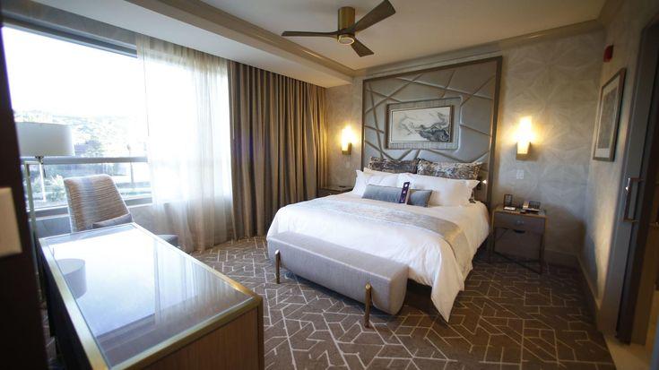 New Viejas hotel to offer elevated luxury http://www.sandiegouniontribune.com/entertainment/casinos/sd-fi-casinos-viejas-tour-20180112-story.html  #TopHotels