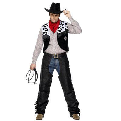 Stoere cowboy kostuum voor heren. Dit cowboy kostuum voor heren bestaat uit het jasje met badge, de beenkappen, sjaal en riem. Exclusief hoed. Carnavalskleding 2015 #carnaval