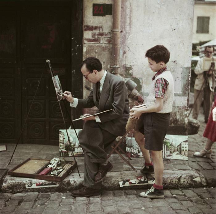 Robert Capa. Montmartre painter 1952 Paris
