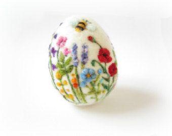 Osterei Nadel gefilzt Ei Feder-Ornament Nadel von Crafts2Cherish