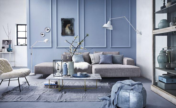 Pastelblauwe woonkamer | Pastel blue livingroom | vtwonen 05-2016 | Photography Alexander van Berge | Styling Cleo Scheulderman