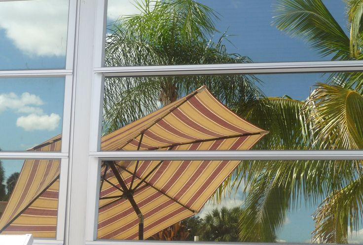#floridavacations looks great even in reflections. Peaceful Island living at http://beachrentals.mobi/