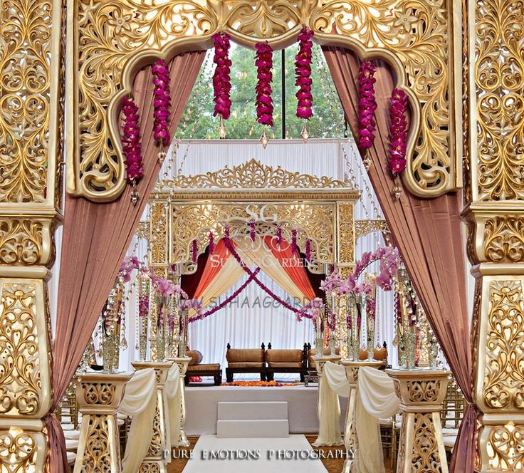 At any wedding you attend, it's hard to take your eyes off the bride -- just ask any groom.  It's no wonder everything else -- from the music to the food to the decor -- is vying for your senses' attention.  However, nothing quite makes a first impression like the wedding venue.  ...