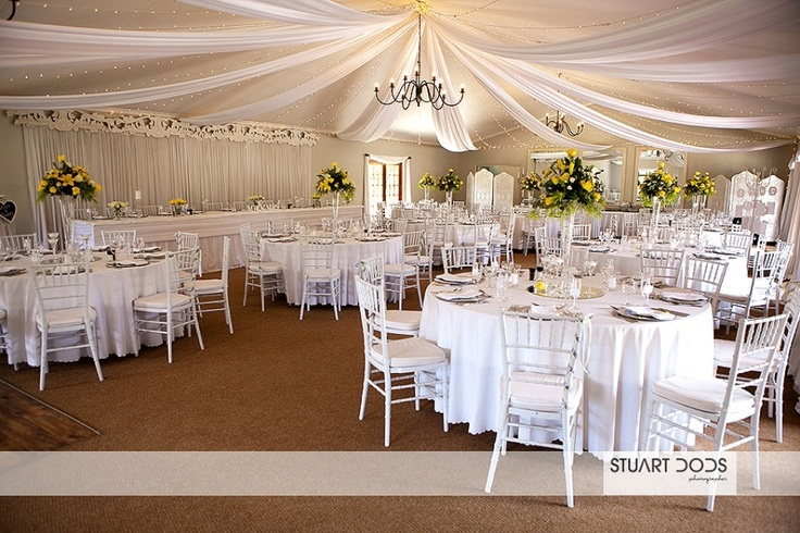 Simple yet sophisticated yellow wedding..