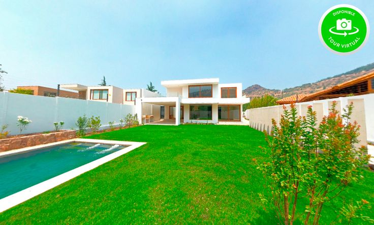 Tour Virtual: www.altafoto.cl/ppartners/34956/S4298.html Gran casa en condominio Santuario del Valle, hall de entrada amplio y con doble altura, living comedor separados, terraza techada, escritori...