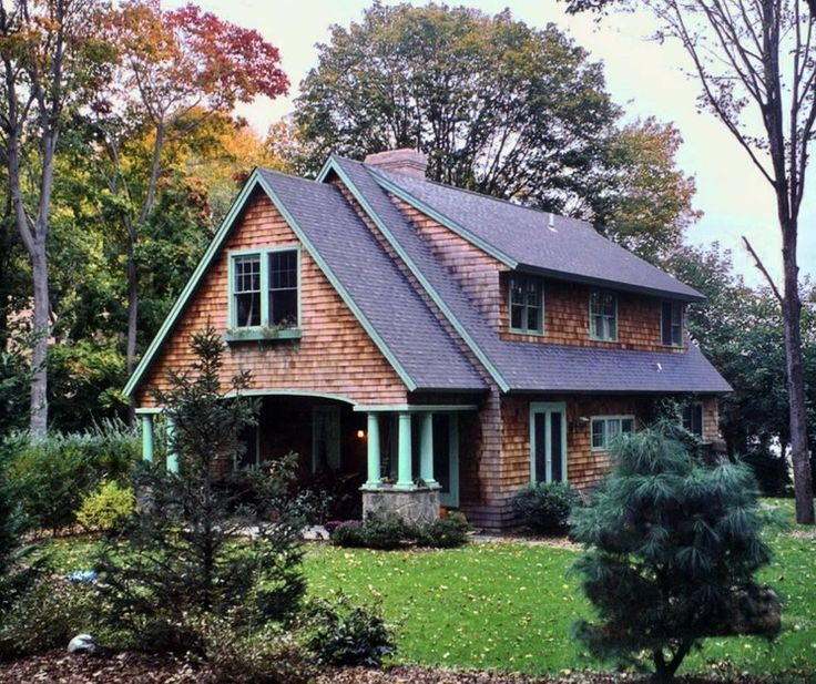 169 best images about curb appeal on pinterest design for Cape cod style house