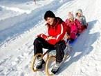 Sneeuwpret.    Winterreizen voor het hele gezin. Sneeuwballen gooien of leren skiën...    http://www.snp.nl/reizen/gezinsvakanties/winterreizen
