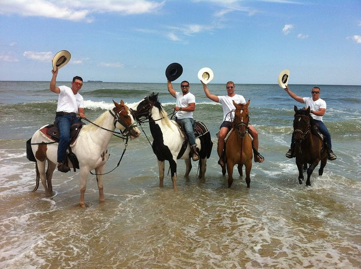 I had NO CLUE you could ride horses on the beach in Virgina Beach! Now I REALLY want to win their beach getaway photo contest. https://www.facebook.com/VirginiaBeachVA/app_451684954848385