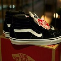 Sepatu Vans Sk8 Black White (Premium High Quality)