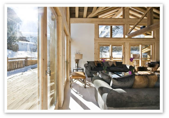 REAL HOMES – Leaders in High-Performance Green Design and Construction and Smart Home Systems, Home-Automation, Energy-Efficient, Zero Energy, Green Design Build, Green Home Builder, Bespoke New Build, Renovations, Conversions, Extensions, UK, England, Suffolk, Norfolk, Southern England, Southeast England, Energy efficient, healthy, safe, sustainable, Luxury High-End Residential