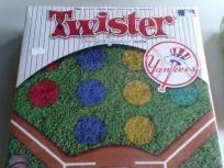 MLB NY Yankees Twister Board Game Free Ship