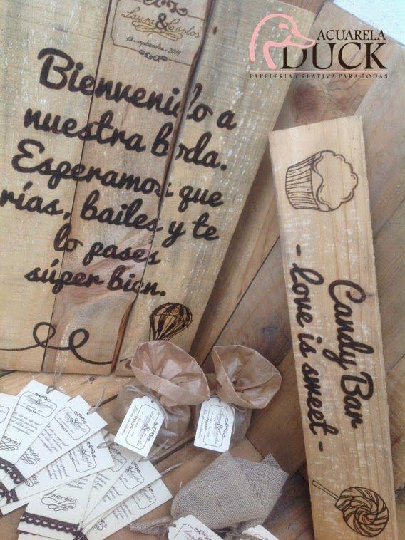 Detalles de una Boda: chapas, agradecimientos, carteles...
