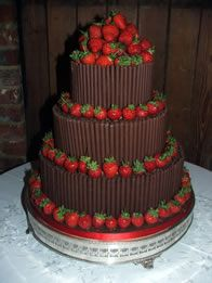Chocolate Wedding Cakes, who woulnt want this on there weeding day