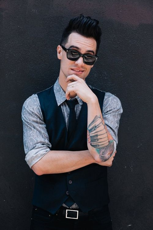 Fall Out Boy And Panic At The Disco Wallpaper Brendon Urie Man Crush Alldayeveryday Brendon Urie