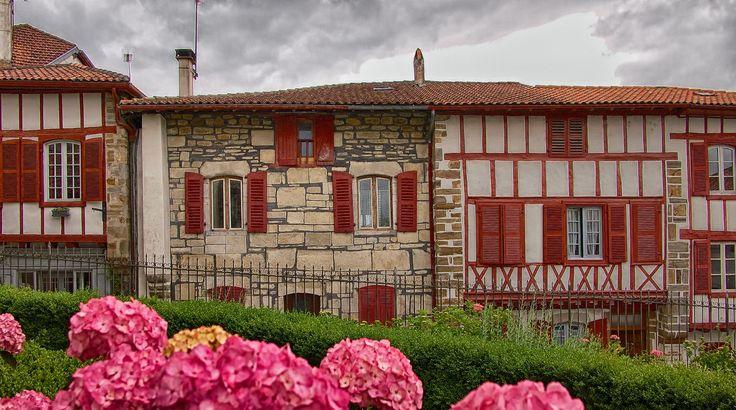 des belles maisons by Sukumar Periwal on 500px