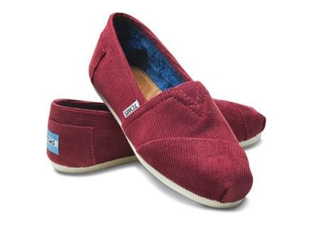 Maroon toms | Shoes That I Adore | Pinterest