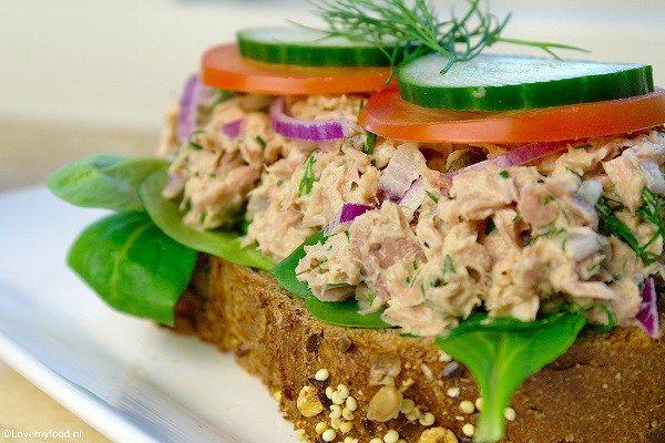 Een maandje geleden wilde ik eens iets anders en heb ik deze lunch salade met ho…