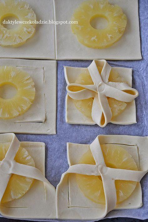 Tak proste ciastka a tak pyszne i piękne! Do ich zrobienia wystarczą tylko 2 składniki. Idealne dla niespodziewanych gości. Przepis zac...