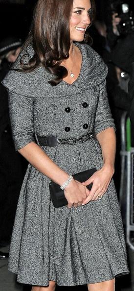 Vestido-abrigo en gris