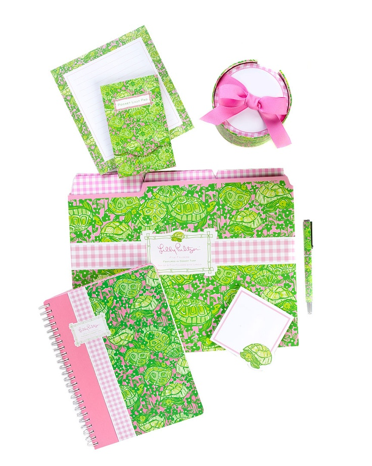 :)Lilly Love Back, Colleges Life, Lilly Pulitzer, Colleges Essential, Lilly Girls, Dreams Desks, Lilies Pulitzer, Lilly Lovers, Things Preppy
