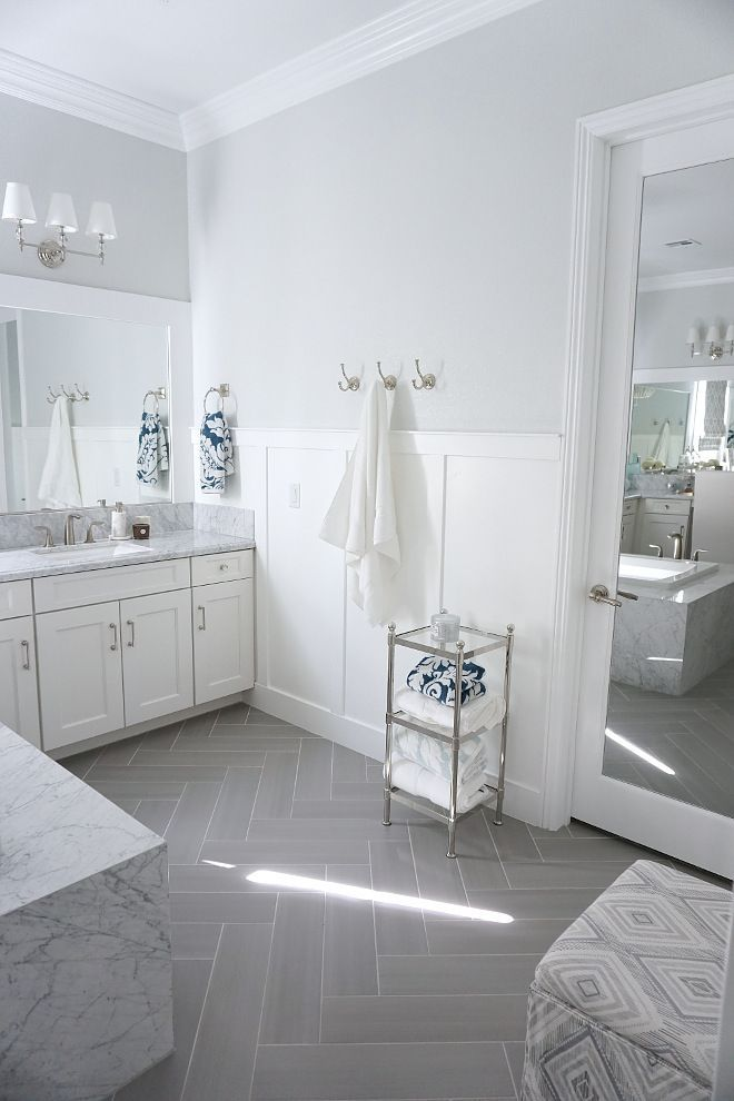 Best 25 wainscoting bathroom ideas on pinterest for Bathrooms with wainscoting photos