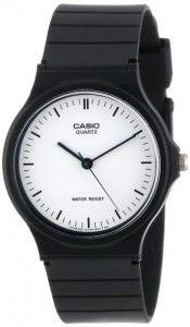 Casio Classic Analog Watch -- 8 Good Christmas Gifts for 14 Year-Old Boys #Christmas #ChristmasGift #ChristmasGiftIdeas #boy #gift