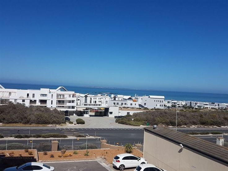 Sea Gem - Sea Gem is a self-catering apartment located in a secure complex in Bloubergstrand. This lock-up-and-go apartment can accommodate up to two guests and comprises 1 bedroom, 1 bathroom, and an open-plan ... #weekendgetaways #bloubergstrand #southafrica