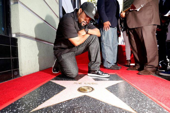 Την Δευτέρα 12 Ιουνίου ο Ice Cube, Rapper και ιδρυτικό μέλος των N.W.A. , ηθοποιός, μουσικός παραγωγός και παραγωγός ταινιών, σήμερα σε ηλικία 47 χρονών, έγινε ο 6ος κατά σειρά Rapper που απέκτησε το