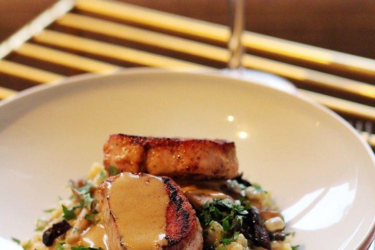 Wij kookten Ron Blaauws recept: paddenstoelenrisotto met varkensmedaillons en salie-pepersaus - Culy.nl