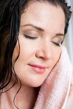 Ways to Combat Dry Skin on Face