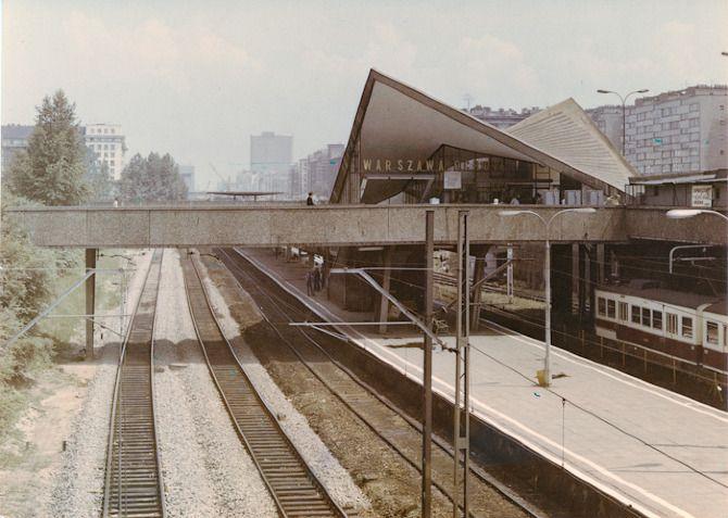 Dworzec Ochota   Linia średnicowa - Powojenny Modernizm