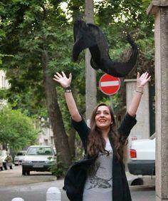 Persia girl in hijab protest. Tehran, Iran - Google 検索